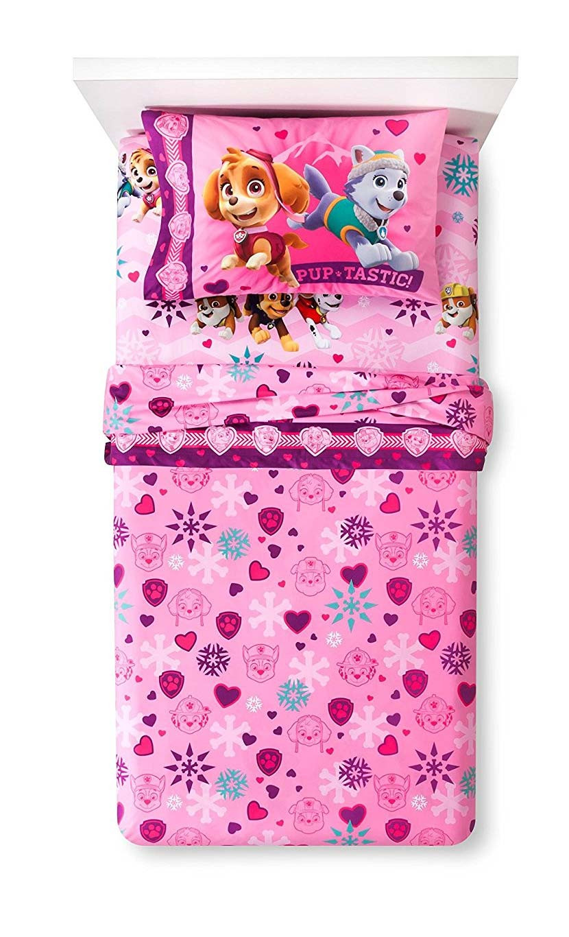 Paw Patrol Girl Best in Snow twin size flat sheet, fitted sheet, and one standard pillowcase. #best
