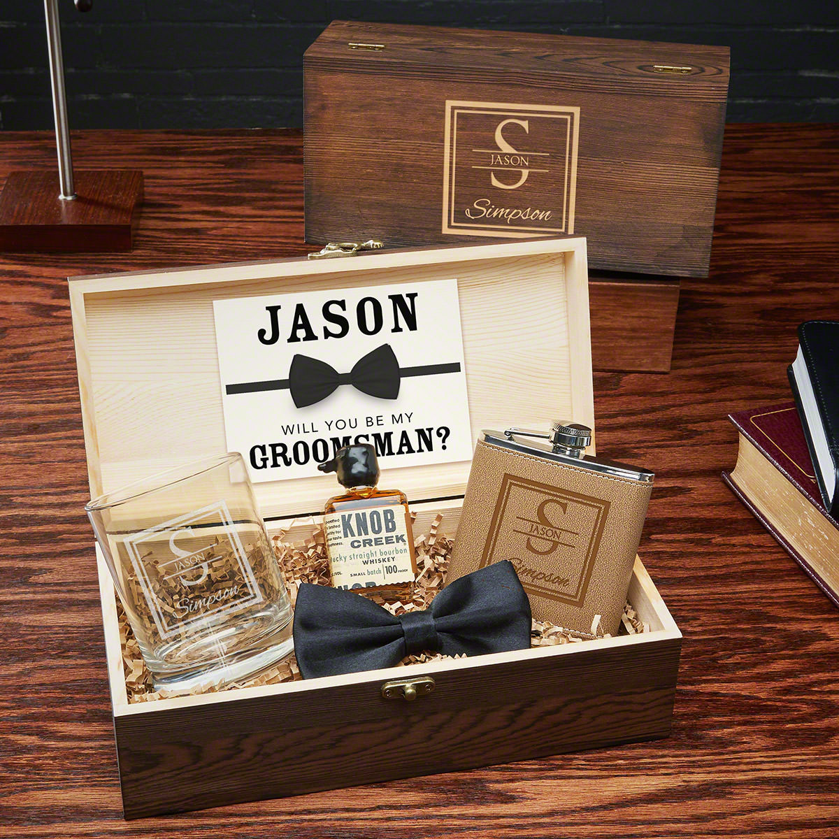 Treat your groomsmen and best man to the best with these personalized best man gifts. Custom engraved with your groomsmen's names and title (best man, groomsmen, usher, father of the groom, etc) these gift sets will be remembered for years to come. 5 pi #best