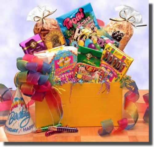 The Gift Box to Say Happy Birthday will surprise the birthday boy or girl with treats of all sorts! From the Happy Birthday Fortune Cookies to the milk chocolate birthday candles, The Gift Box to Say Happy Birthday will be the hit of the party! Remember t #gift