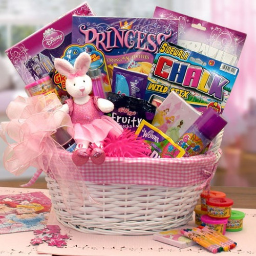Your little girl will feel like royalty with the abundance of toys and treats. An enchanting gift for the little princess in your life. Send your young daughter the magic of an enchanting life of a Disney Princess. This fabric-lined kids gift basket is ov #gift