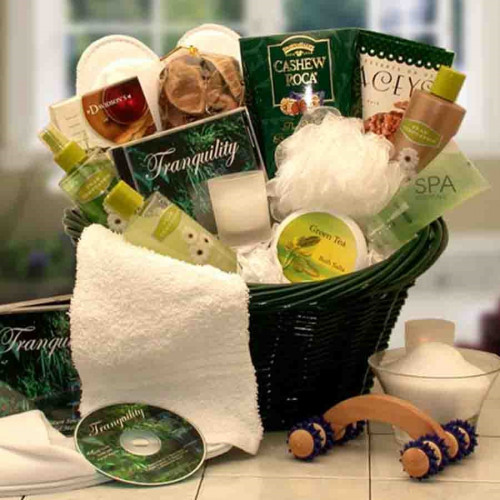 The Spa Luxuries Basket is a gift of invigorating Eucalyptus essence that soothes the skin and the senses. They'll coo over creamy body butter, refreshing body Spa scrub, luxuriant body lotion and the other body care products that both rejuvenate the spir #gift