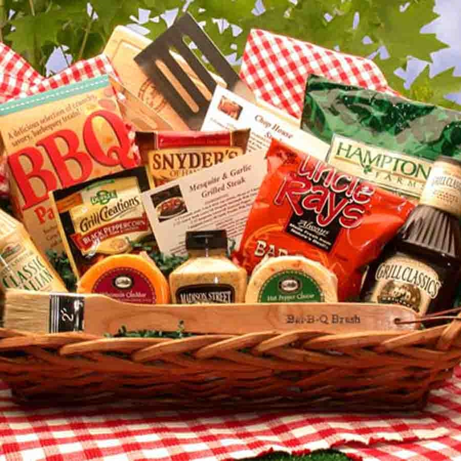Your grill master will definitely appreciate this gift collection featuring a variety of treats, seasonings, and barbecue tools, all designed to make their next cookout a resounding success! Send a BBG Gift Basket today to your Grill King. #gift