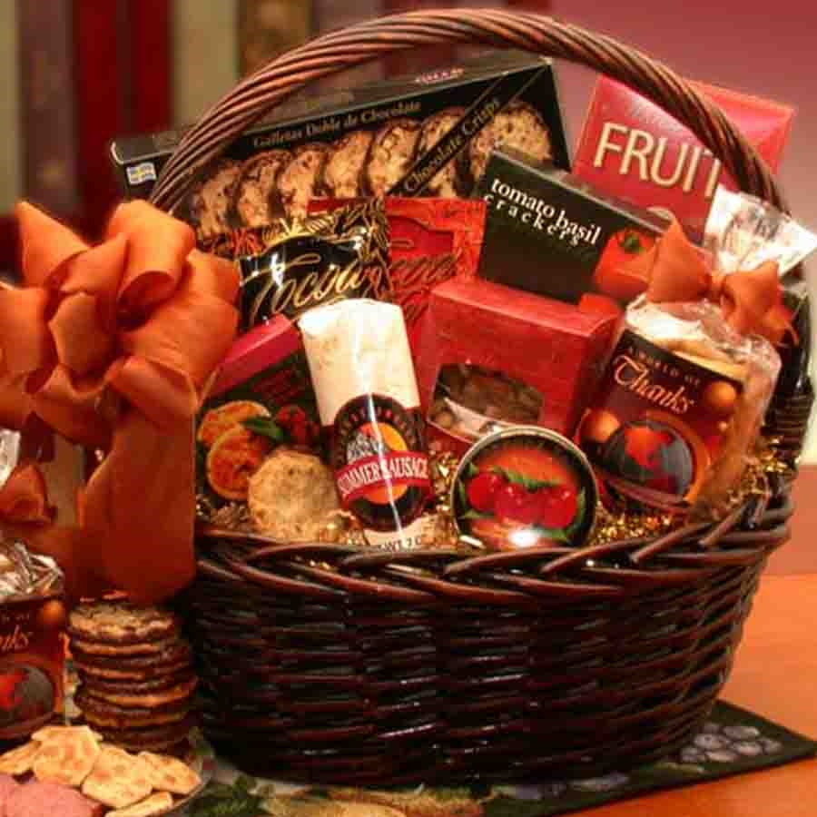 Gourmet Snacks & Thanks are Here! A World of Thanks is offered up with this Gourmet Gift Basket. Many special treats and snacks are loaded into this gift for that special person who went the extra mile for you. Tell them they mean the World to you with th #gift