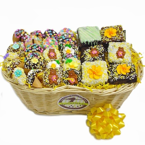 Spring Sweets Gourmet Bakery Gift Basket Features Dipped Oreos, Fortune Cookies, Brownies and More - This Lady Fortunes gift is filled with our most popular Belgian chocolate and caramel hand dipped treats including brownies, dipped Oreos and fortune cook #gift