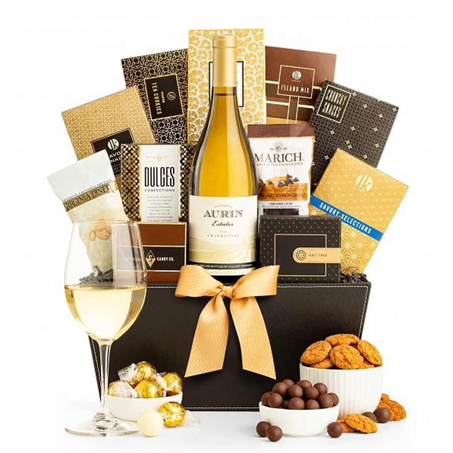 Give a generous gift of the joys of the wine country lifestyle. The basket includes a bottle of Chardonnay & the finest gourmet foods & confections. #gift