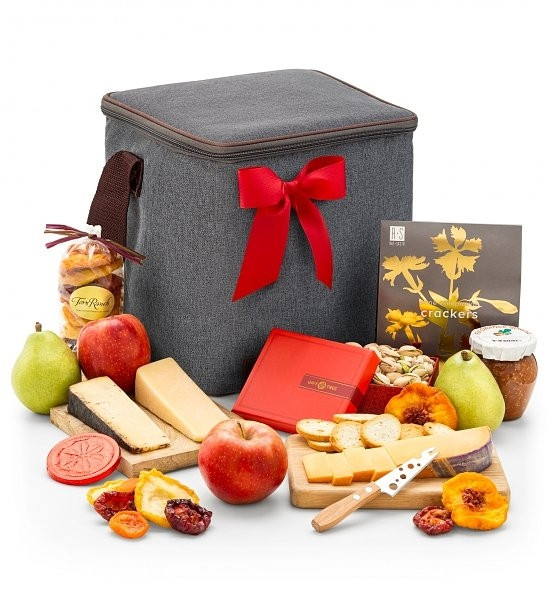 Send perfect pairings of fresh fruit and well-aged artisan cheeses in a classic picnic-style hamper with a hand-tied satin ribbon. Enjoy a picnic of orchard-fresh fruit, well-aged artisan cheeses, fresh nuts and so much more, presented in an elegant hampe #gift