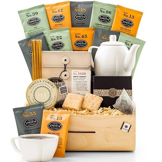 Renowned teamakers Steven Smith and Harney & Sons come together in this exclusive tasting crate of the world's best tea. Full leaf teas and herbal infusions from the world's best tea makers are arranged with a porcelain teapot and teacup set for one, alo #gift