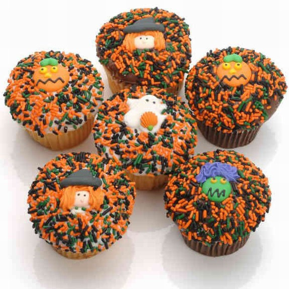 Our Halloween cupcakes are scary delicious! Made from scratch, our cupcakes are moist and tasty. Made from the finest ingredients like sweet rich cream butter, fresh eggs, pure vanilla and Belgian Chocolates and finished with a double layer of rich chocol #gift
